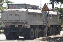 TP HCM: Đủ chiêu tài xế xe quá tải chống đối CSGT