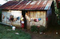 """Tò mò cuộc sống ở ngôi làng """"kín như bưng"""" của Indonesia"""