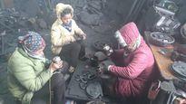 Về Quảng Ninh mua 'vàng đen' làm quà Tết