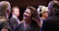 """Tỷ phú bí ẩn soán ngôi giàu nhất Australia của """"bà hoàng quặng sắt"""" Gina Rinehart"""