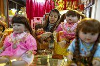 Cơn sốt búp bê 'có linh hồn' ở Thái Lan