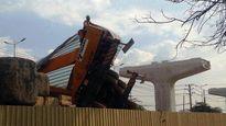 TPHCM: Sập cần cẩu công trình đường sắt ngàn đô