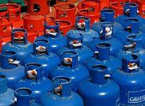 Tin tức kinh tế 1/2: Giá gas giảm 20 nghìn đồng/bình