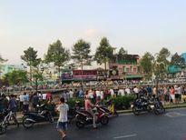 Tá hỏa thi thể nam sinh nổi lập lờ trên kênh Nhiêu Lộc