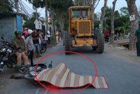 Xe ủi của công ty đô thị gây tai nạn chết người