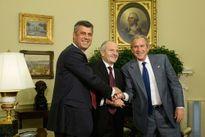 """Mỹ o bế """"Nhà nước Mafia"""" ở Kosovo"""