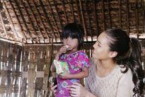 Lan Khuê mang tết đến với 1.000 gia đình nghèo Ninh Thuận