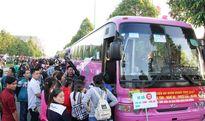 Hàng nghìn công nhân về quê đón Tết trên những chuyến xe nghĩa tình