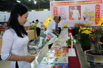 Nam Định trưng bày tư liệu về chủ quyền biển đảo tại Hội báo Xuân