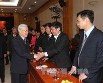 Tổng Bí thư Nguyễn Phú Trọng gặp mặt cán bộ Văn phòng Trung ương Đảng