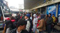 Hà Nội: Dân đổ về quê, 700 CSGT trực chiến