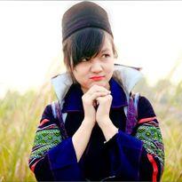 Hot girl trường báo xinh đẹp trong trang phục dân tộc H'Mông