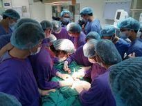 Tái tạo lại mặt cho nữ bệnh nhân bị bệnh ung thư ăn mòn