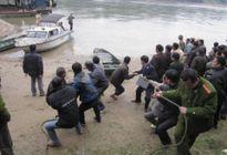 Tuyên Quang: Bến đò 'giỡn mặt tử thần' cách phòng CSGT đường thủy 500 m