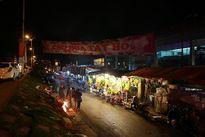 Chợ hoa Quảng Bá tấp nập ngày cuối năm