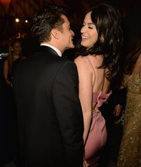 Orlando Bloom quấn quýt Katy Perry