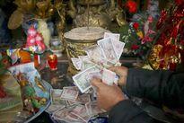 Đặt tiền lẻ đúng cách khi đi chùa đầu năm