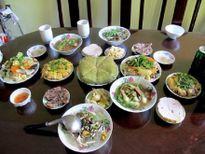 Cân đối năng lượng bữa ăn ngày Tết để tránh mang bệnh