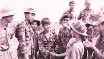 Những tình tiết mới quanh bức ảnh 'Hai người lính'
