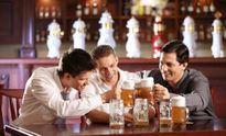 """Uống rượu bia không """"xỉn"""" ngày Tết"""
