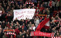 CĐV làm loạn, giới chủ Liverpool hết dám tăng vé