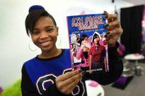 Nữ sinh 14 tuổi sở hữu 3 thương hiệu mang tên mình