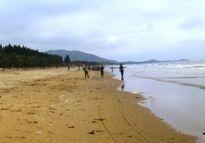 Quảng Ngãi: Gia đình đi tắm biển ngày mùng 3 Tết, 2 cháu bé chết thảm