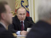 Tổng thống Putin cách chức 10 tướng Nga