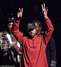 Kanye West bất ngờ lại châm ngòi 'chiến tranh' với Taylor Swift
