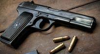 Một người Trung Quốc mang súng ngắn vào sân bay Tân Sơn Nhất