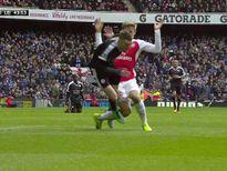 Arsenal - Leicester: Bàn thắng đáng ngờ (H1)
