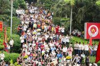 Quá nhiều lễ hội, người Việt mắc 'hội chứng bầy đàn'