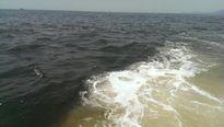 Xuất hiện dải nước biển màu bất thường ở Hà Tĩnh