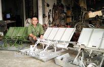 Cử nhân về quê nuôi giun, lão nông chế máy cày