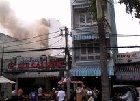 Cháy cơ sở rang xay cà phê trong nội thành