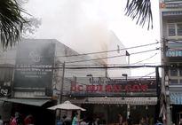 TP. HCM: Khói bốc nghi ngút tại quán cafe rang xay bên kênh Nhiêu Lộc - Thị Nghè