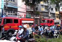 Cháy cơ sở rang cà phê ở Sài Gòn, nhiều người tháo chạy