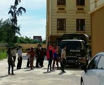 Nghệ An: Hoãn xử lần thứ tư vụ 'cướp tài sản' nhưng 'chê' tiền lương ăn tết của công nhân