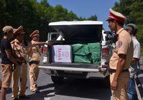 Bắt quả tang ôtô vận chuyển 7.500 gói thuốc lá Jet nhập lậu