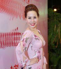 Những kiểu tóc sang trọng của nữ hoàng doanh nhân Kim Chi