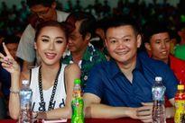 Văn Quyến bất ngờ khi được hot girl Quỳnh Nhi hâm mộ