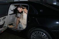Thu Minh ngồi xế hộp 14 tỷ chồng tặng đi chấm thi