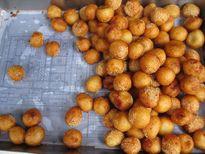 Bánh rán bi 1.000 đồng hút khách hơn 15 năm