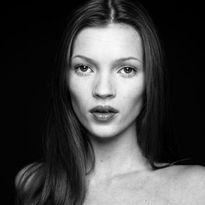 Đã tìm ra 10 khuôn mặt đẹp nhất thế giới theo CHUẨN khoa học