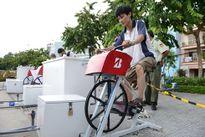 Những chiếc xe đạp 'tập thể dục lọc nước' bên bờ kênh Nhiêu Lộc