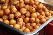 4 khu phố bán bánh rán thơm ngon nức tiếng ở Hà Nội