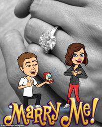Miranda Kerr khoe nhẫn đính hôn với bạn trai tỉ phú kém tuổi