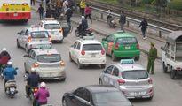 Bất cập trong quản lý taxi ở Hà Nội