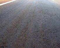 Đắk Lắk: Đường tiền tỷ vừa thông xe kĩ thuật đã rạn nứt
