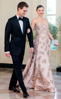 Siêu mẫu Miranda Kerr đính hôn với tỷ phú Evan Spiegel: Đỉnh cao của chuyện tình trai tài gái sắc